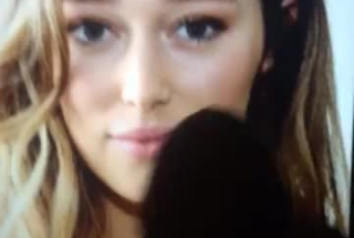 Bigtitted Alycia Is Wearing A Mask While Having Sex, Because She Wants To Keep Quiet