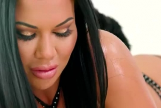 Jasmine Jae And Logan Paul Are Having A Threesome With A Very Handsome Guy They Like