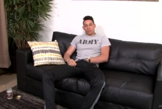Asian Strong Guy Lynn Lovely Has Cum On His Face. He Pees On The Floor And JackFucks