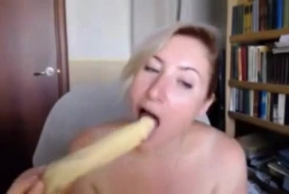 BBW GIRL SUCKING DICK WITH NATASTY IN HUSBAND'S HOUSE AND FIT To SUCK IT